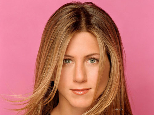 * ~ Jennifer Aniston ~ *
