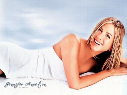 Jennifer Aniston wallpaper called * ~ Jennifer Aniston ~ *