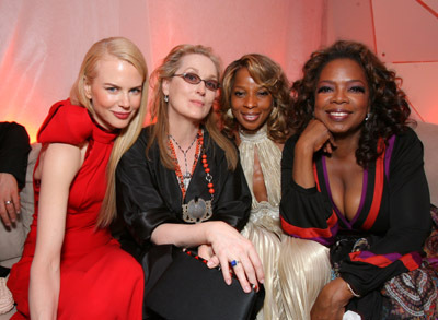 http://images.fanpop.com/images/image_uploads/2007-Oscars-meryl-streep-154945_400_293.jpg