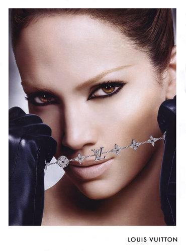 Ad: Jennifer Lopez