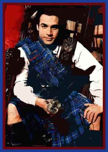 Adrian Paul - kilts Photo
