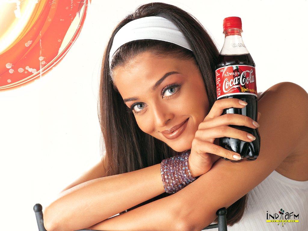 Aishwarya Rai Bachchan  Actress, Celebrity, Dancer, Film Actresses, Live Performer, Models Female, Presenter, TV Presenter Juhu, Mumbai