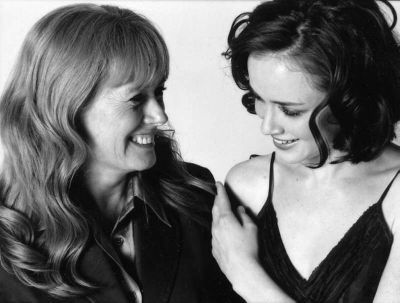 Alexis Bledel Hintergrund called Alexis & Her Mom