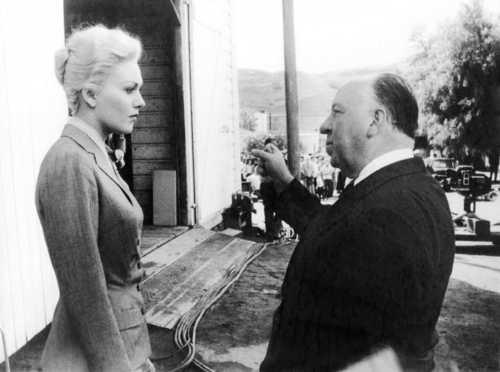 sinema bora karatasi la kupamba ukuta entitled Alfred Hitchcock