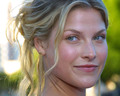 heroes - Ali Larter wallpaper