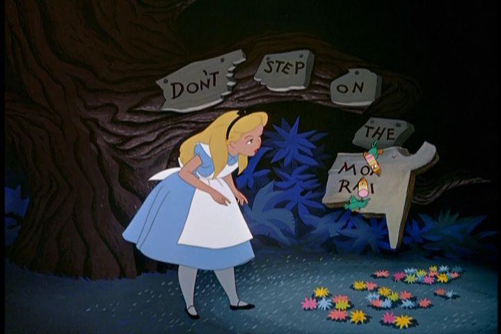 Alice in Wonderland (1951) - alicia en el país de las maravi