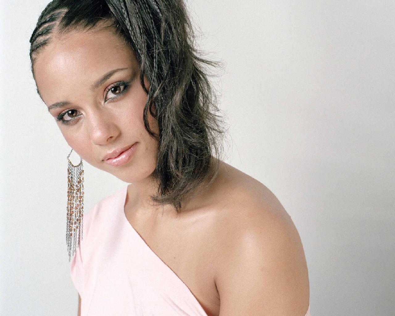 Alicia Keys - Alicia Keys Wallpaper (432013) - Fanpop Alicia Keys