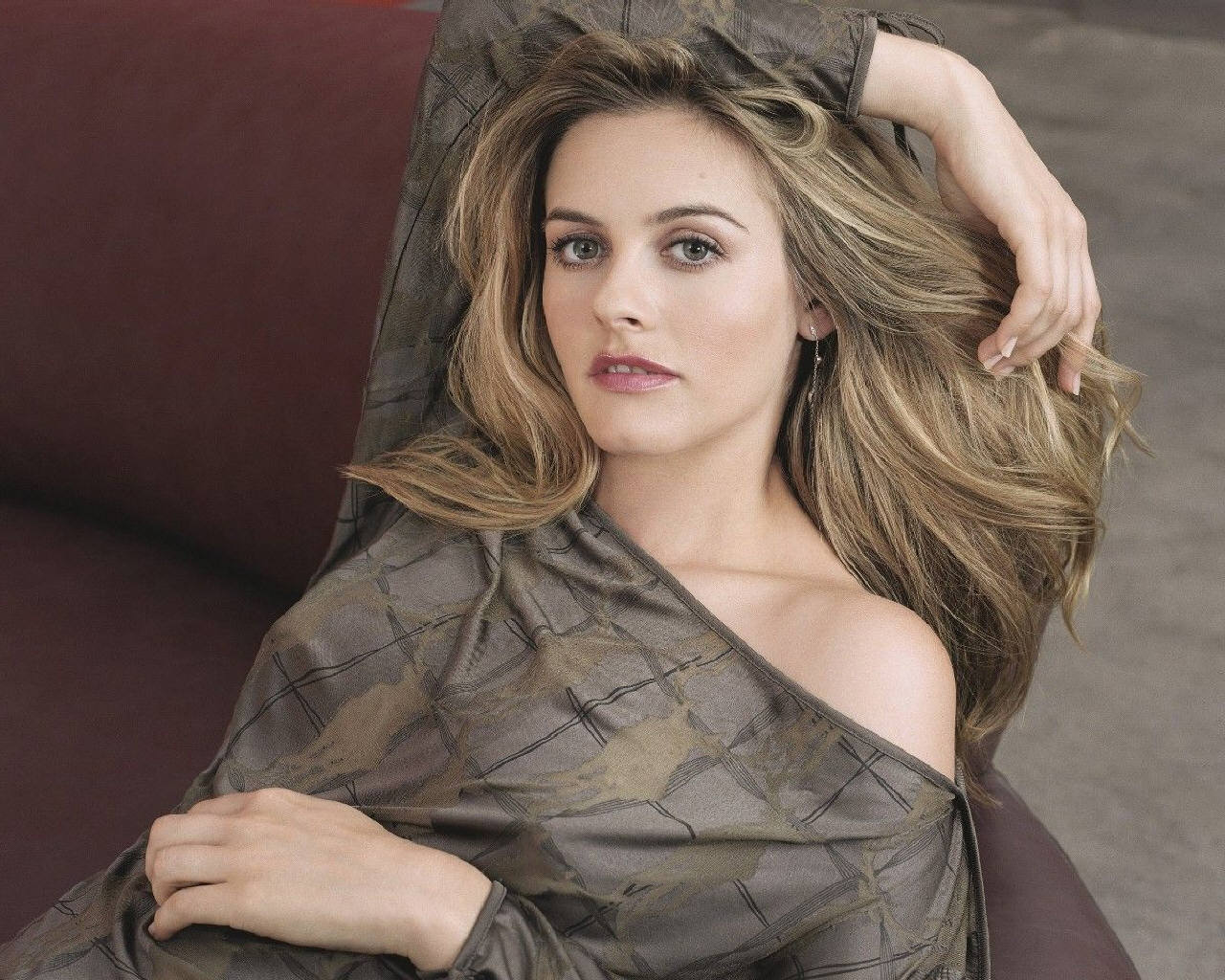 Alicia Silverstone Images Alicia Silverstone Hd Wallpaper