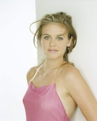 Alicia Silverstone images Alicia Silverstone wallpaper and background photos