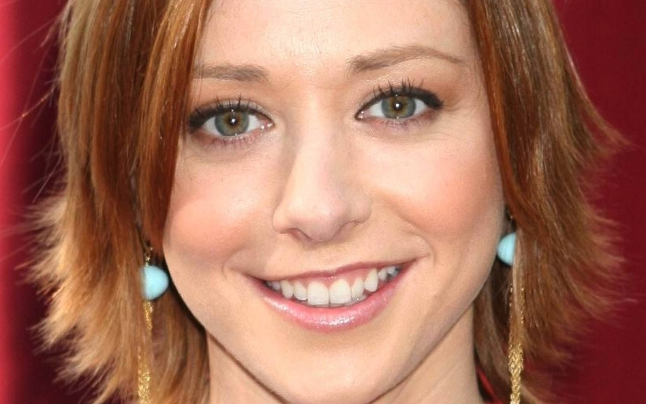 Alyson Hannigan - Wallpaper Hot