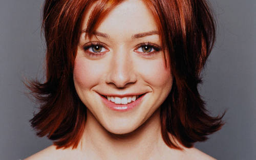 Alyson Hannigan wallpaper titled Alyson Hannigan