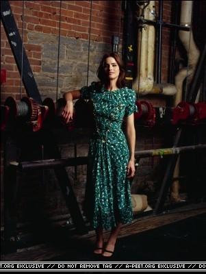Melanie Dunea photoshoot