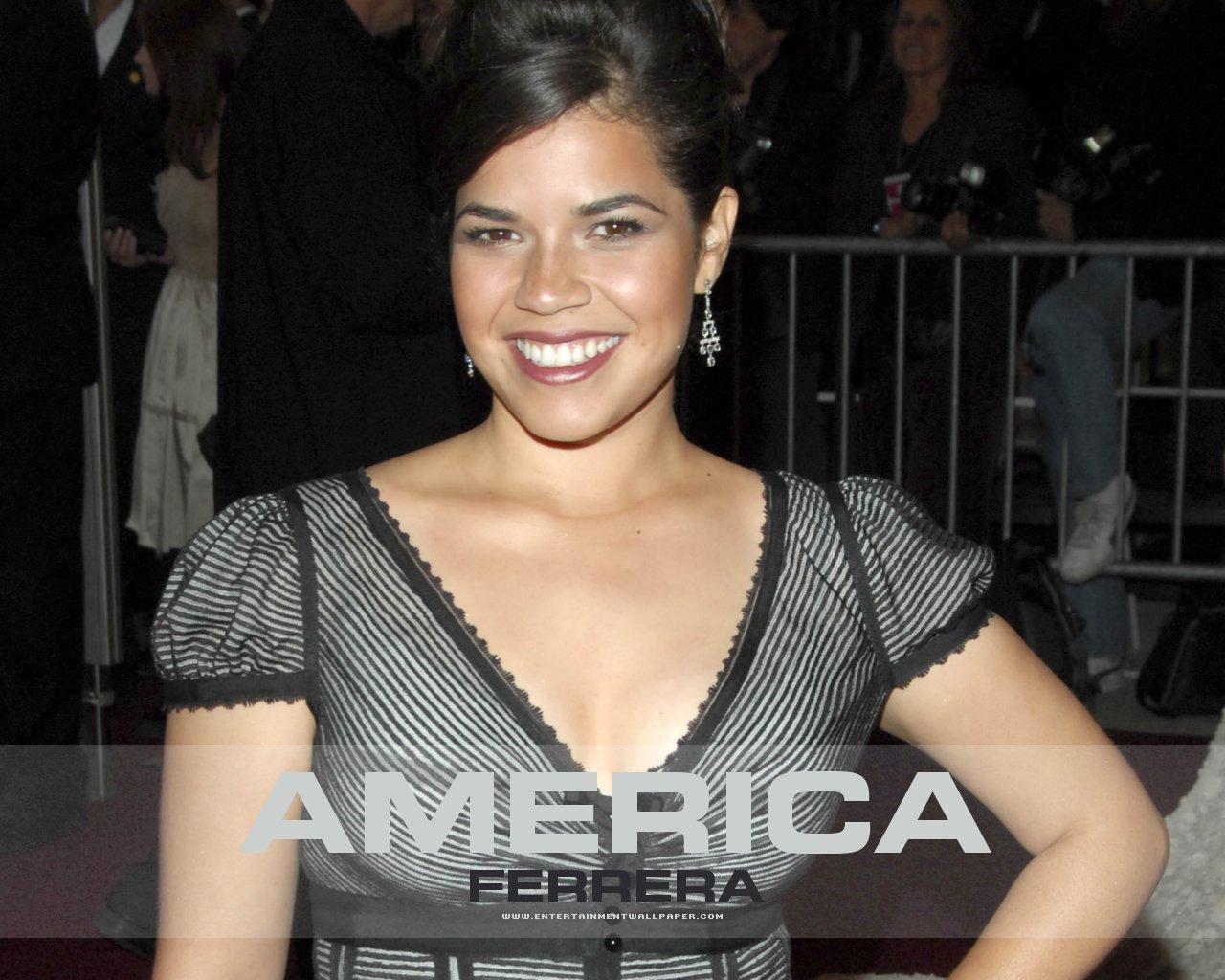 America Ferrera - Picture Gallery