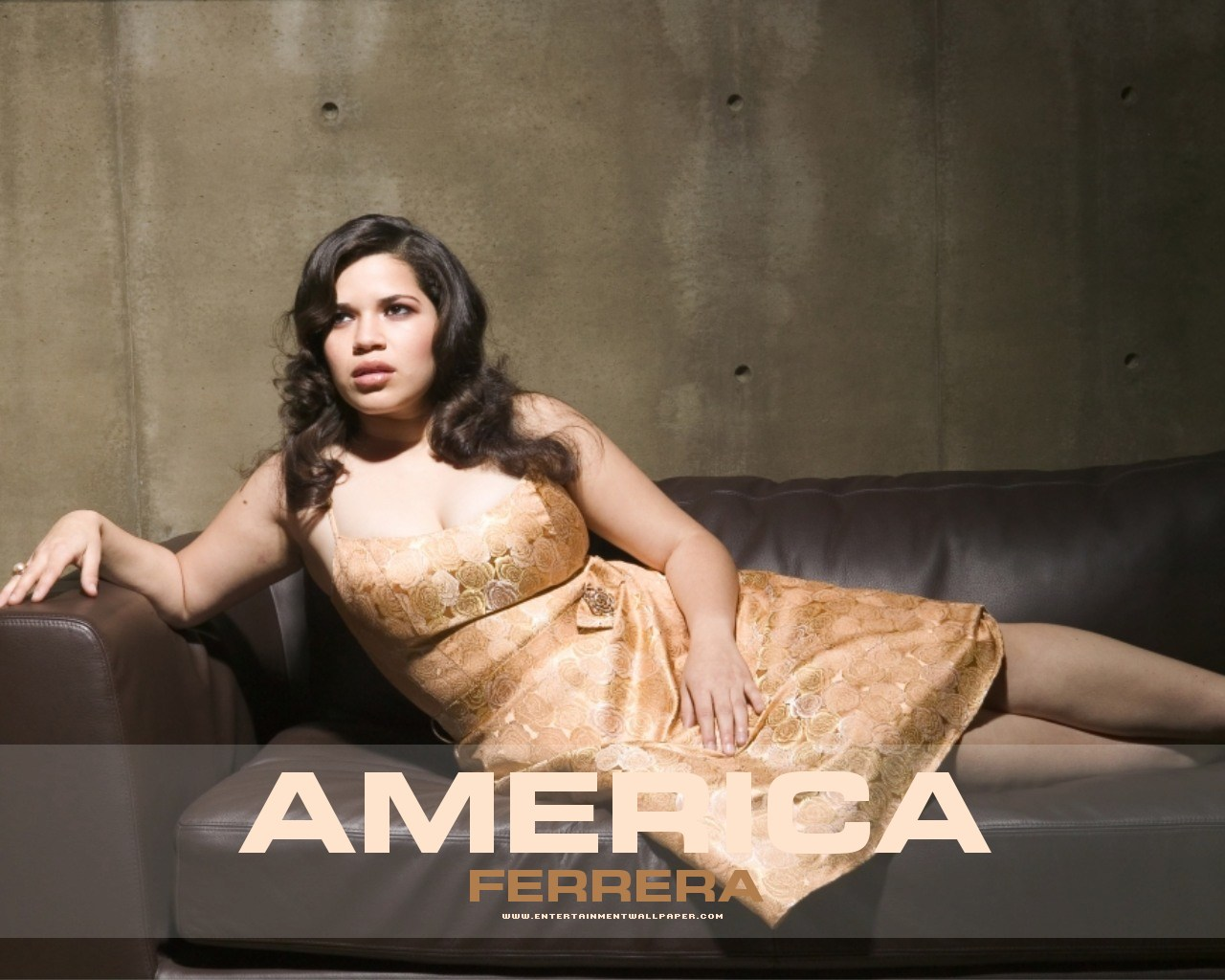 America Ferrera - Wallpaper Gallery