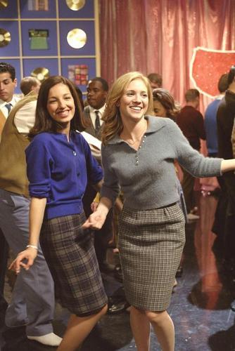 Meg & Roxanne