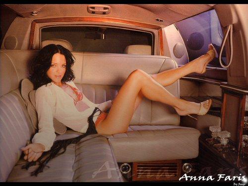 Anna Faris achtergrond entitled Anna Faris
