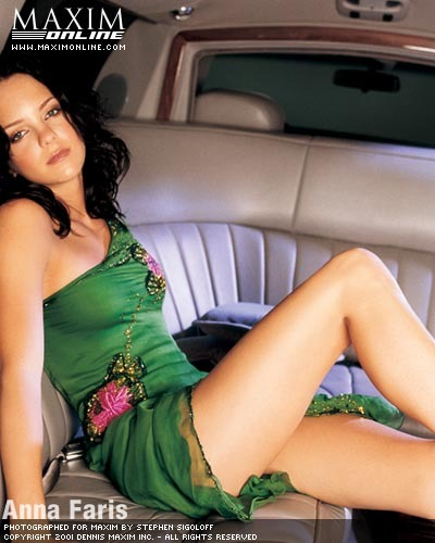 Anna Faris in Maxim