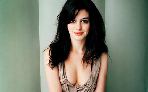 Anne Hathaway wallpaper titled Anne Hathaway