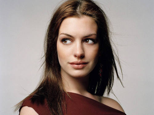 Anne Hathaway wallpaper called Anne Hathaway