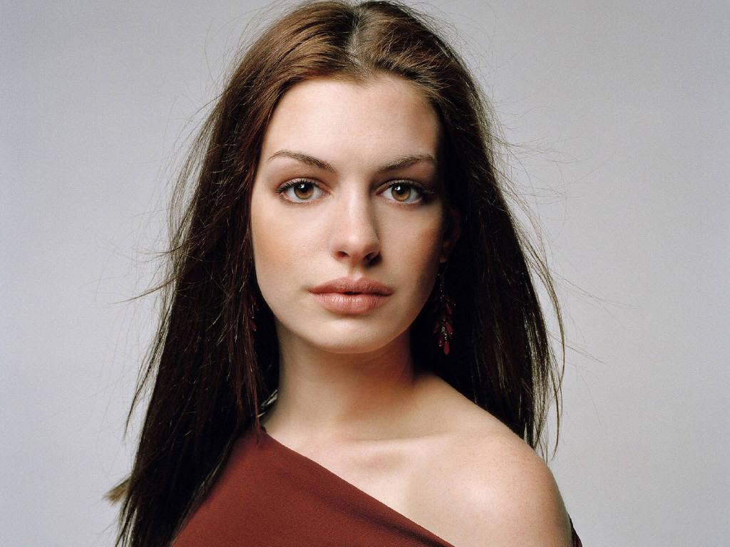 Anne Hathaway - Gallery