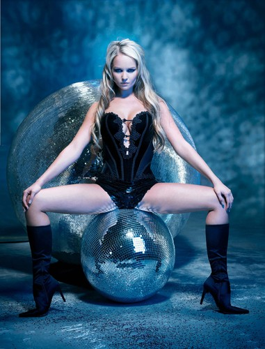 Archibald Circus Photo Shoot - jennifer-ellison Photo