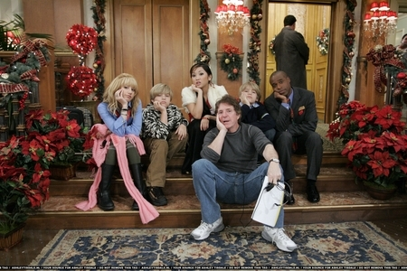 http://images.fanpop.com/images/image_uploads/Ashley--Brenda--Dylan---Cole-the-sprouse-brothers-322237_450_300.jpg