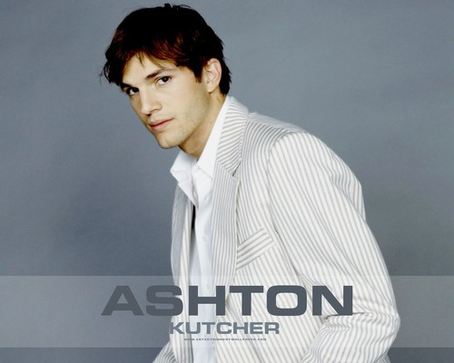 Ashton Kutcher - ashton-kutcher Wallpaper