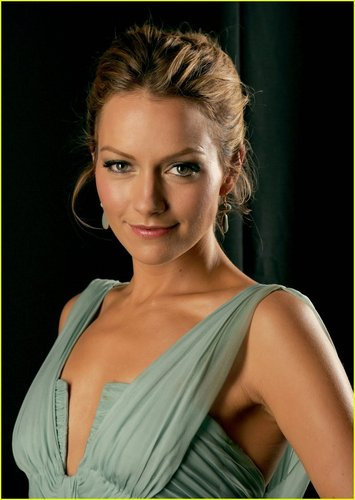 Becki Newton wallpaper titled Becki Newton
