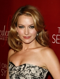 Becki Newton wallpaper titled Becki