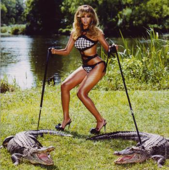 Beyoncé B Tag