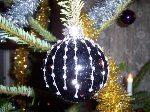 Black & White Ornament