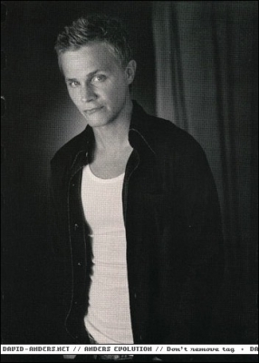 http://images.fanpop.com/images/image_uploads/Black-and-white-photoshoot-david-anders-412772_286_400.jpg