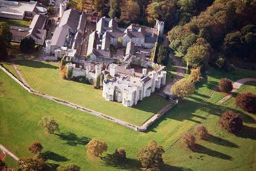Bodelwyddan замок