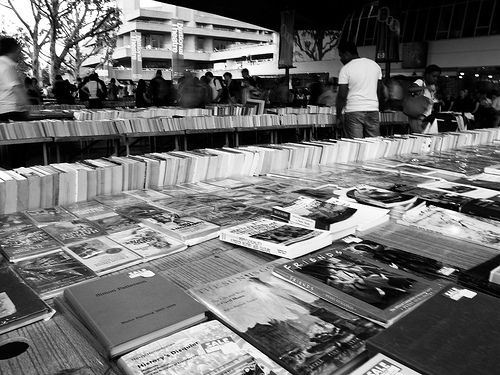 Books por the River