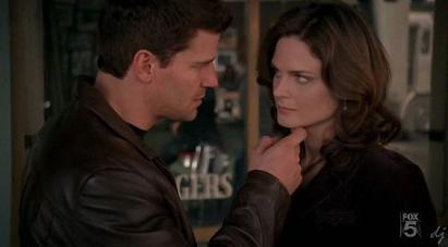Booth and BOnes<3
