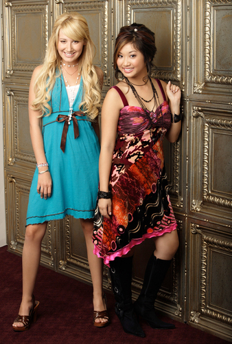 Brenda Song and Ashley Tisdale