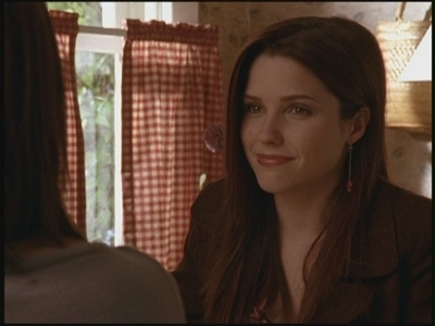Brooke Davis پیپر وال called Brooke Season 2 =)