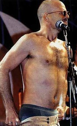 Bruce Willis singing... - bruce-willis Photo