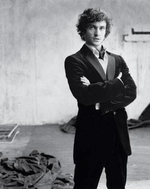Burberry - Hugh Dancy Photo (655410) - Fanpop
