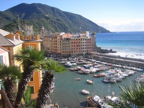 Italy Hintergrund entitled Camogli