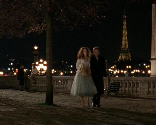 Carrie in Paris