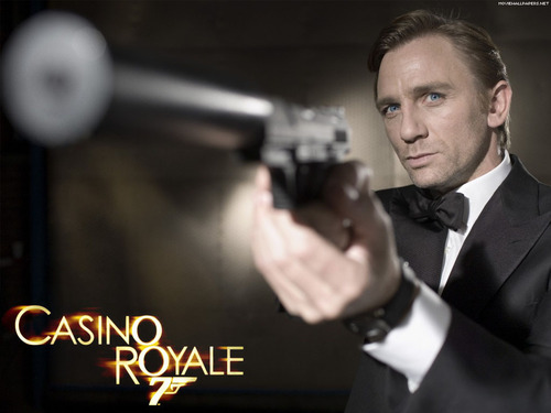 Daniel Craig Hintergrund titled Casino Royal