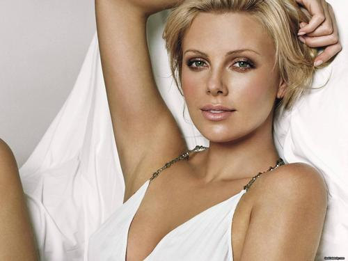 Charlize Theron wallpaper called Charlize Theron
