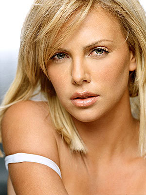 Charlize Theron wallpaper titled Charlize Theron