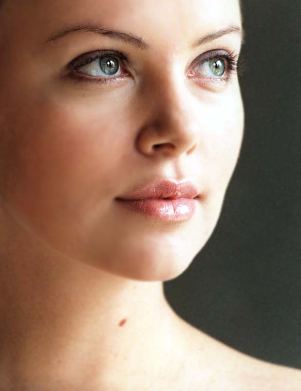Charlize Theron - Photo Colection