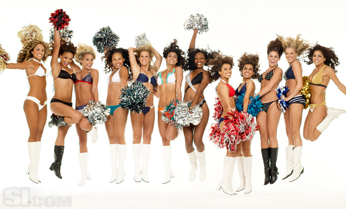 [Image: Cheerleaders-up-nfl-cheerleaders-769164_680_410.jpg]