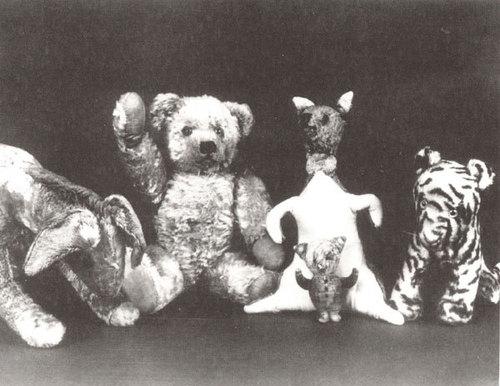 小熊维尼 壁纸 titled Christopher Robin's Toys
