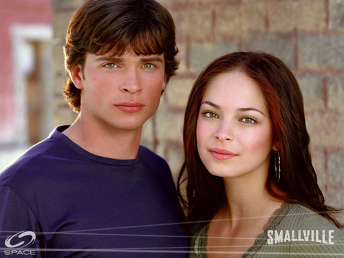 Clark & Lana - smallville Wallpaper