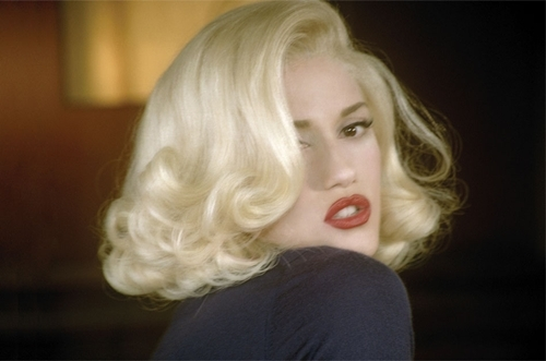 Gwen Stefani wallpaper titled Cool Video Pics