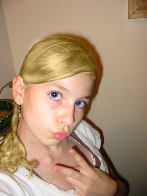 Crazy Chica Blonde Blue Eyes